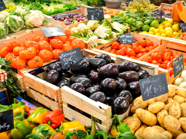 Distribuidores de frutas y verduras ecológicas