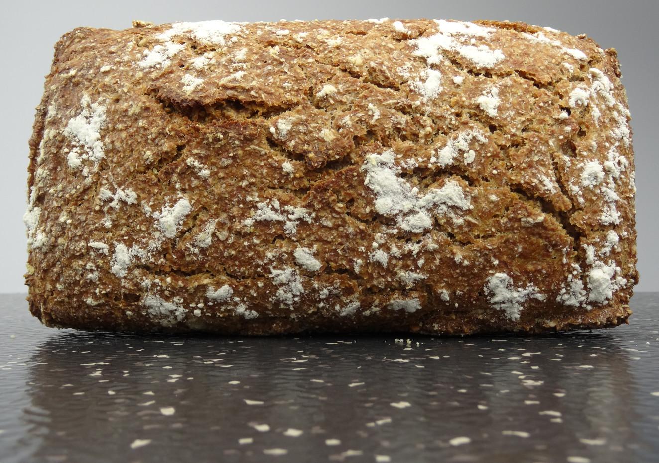 Pan integral de centeno artesano (800g)