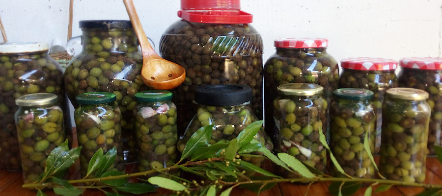 alinar aceitunas verdes manzanilla