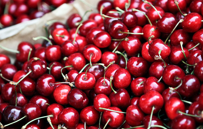 CEREZAS CALIFORNIA X Caliber + 24 - 2KG - CEREZAS DEL JERTE - CHERRIES BUY - buy cherries from jerte online 2020